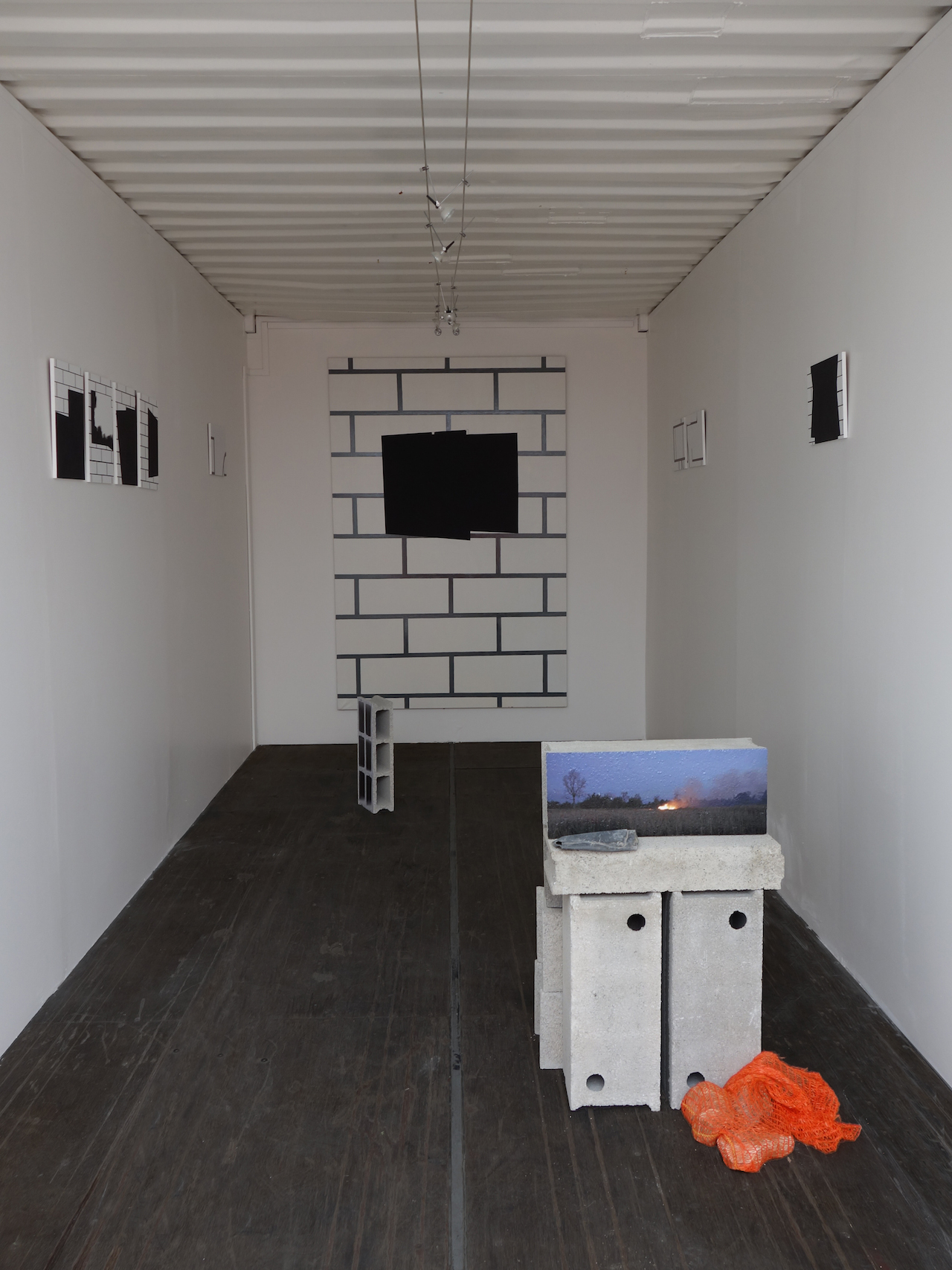 Alain Brunet, container2, 2014, exposition Centre Richebois, Marseille, DR. A. Brunet.